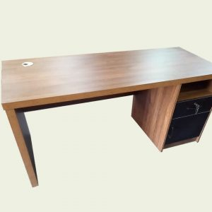 Executive Office Desk With Drawers